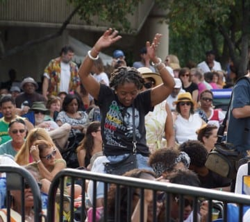 The crowd gets moving at the 2013 Rosslyn Jazz Festival. Courtesy Paul Montgomery/Rosslyn BID