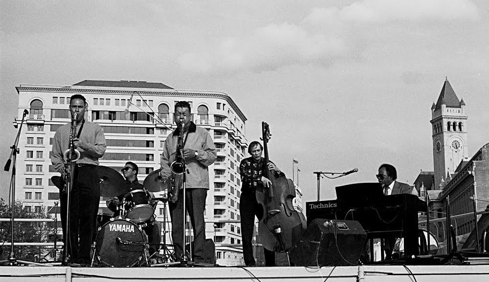 Buck Hill and Joshua Redman in concert/Courtesy Michael Wilderman/jazzvisionsphotos.com